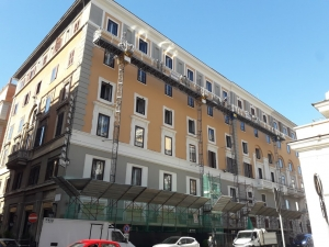 Restauro facciata Hotel Piram stazione Termini Roma